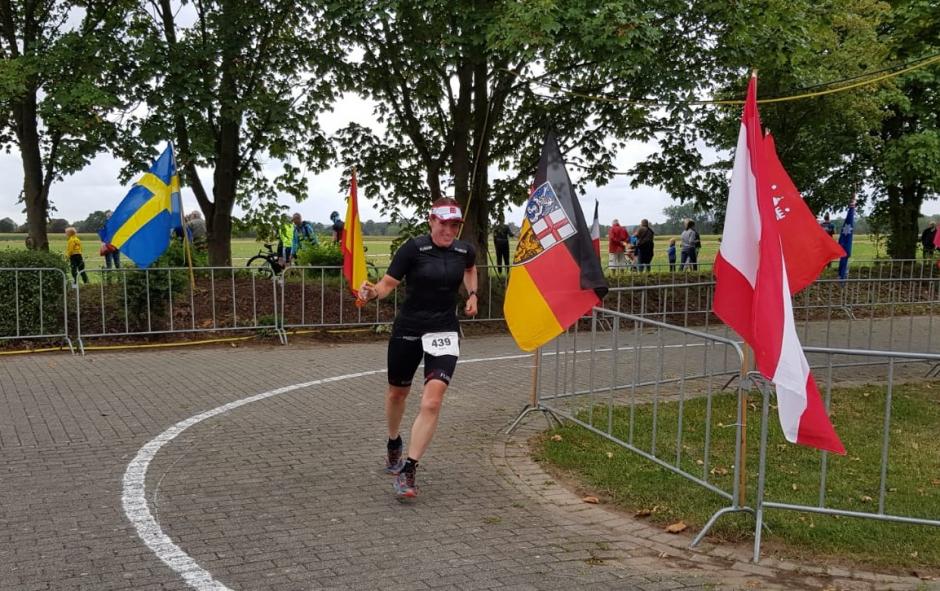 Indra Bimmel op weg naar de finish in Xanten