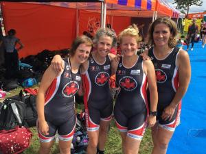 De dames van de 2e divisie in Zaandam